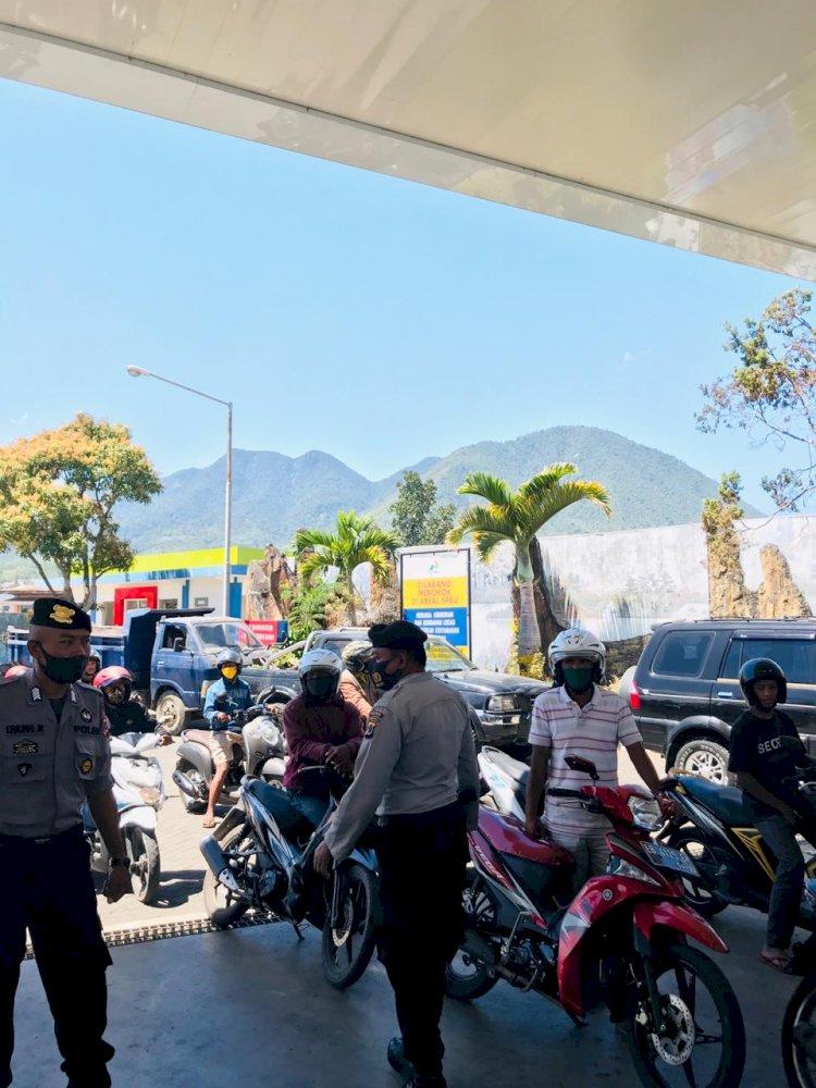 Covid-19 Masih Ada, Kasubnit II Dalmas Himbau Warga Di Pertamina Ikuti Protokol Kesehatan.