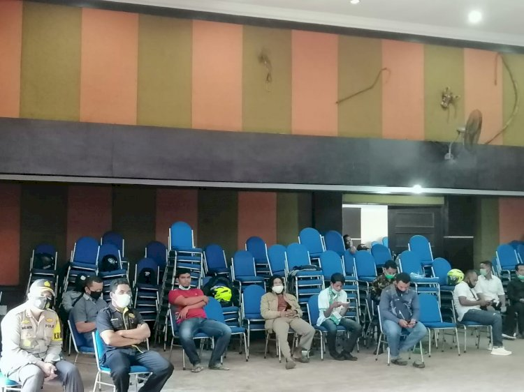 Polres Manggarai Amankan Debat Paslon  Bupati dan Wakil Bupati Kabupaten Manggarai.