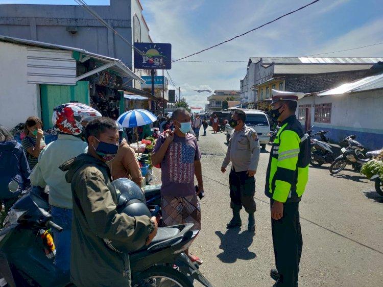 Patroli dalam rangka Kegiatan Rutin Yang Ditingkatkan (KRYD) untuk pencegahan penyebaran Covid-19 di wilayah hukum Polres Manggarai.