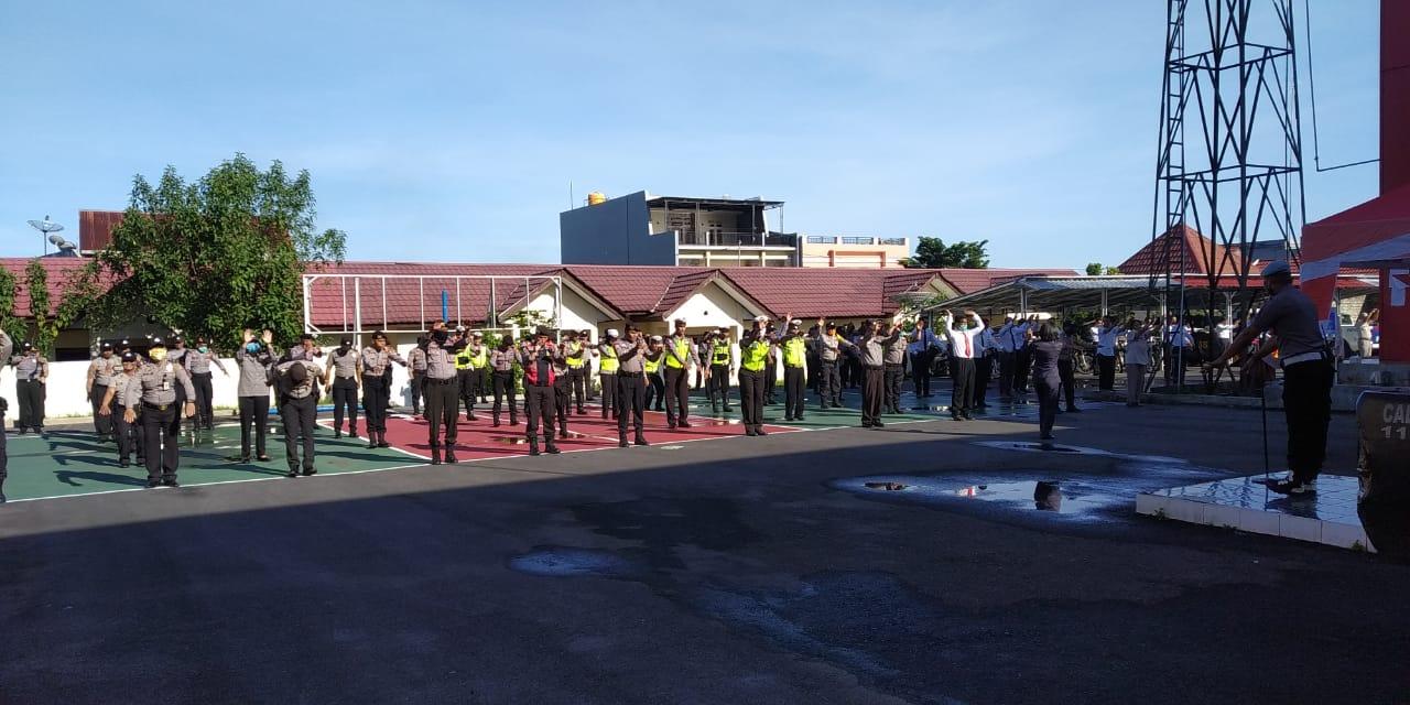 Cegah Corona, Polres Manggarai Lakukan Senam AWS3.